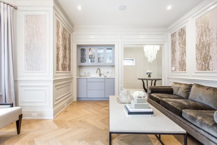 181 Crescent Road - Living Room