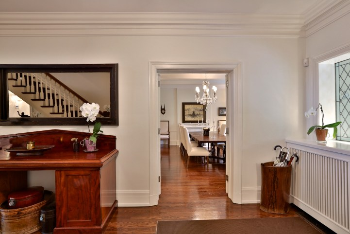 230 Russel Hill Rd - Looking Towards Dining Room