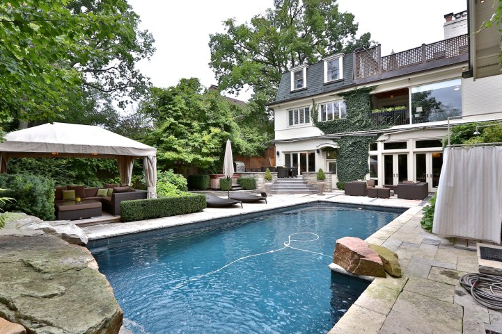 230 Russel Hill Rd - Pool