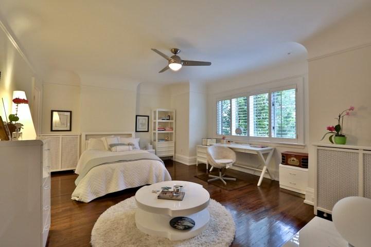 230 Russel Hill Rd - Small Bedroom