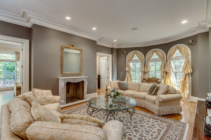 37 Edgehill Road - Living Room