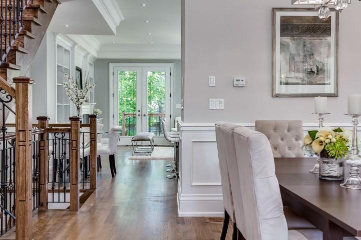 390 Brookdale Avenue - Dining Room Towards Kitchen