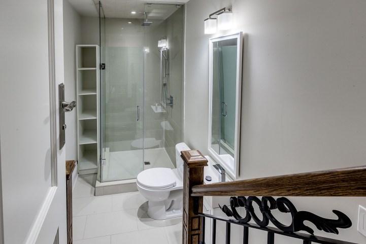 390 Brookdale Avenue - Downstairs Bathroom