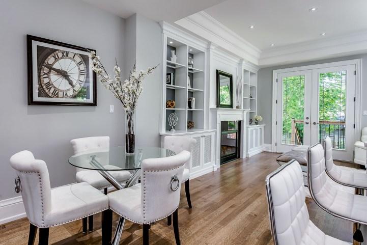 390 Brookdale Avenue - Kitchen Breakfast Seating