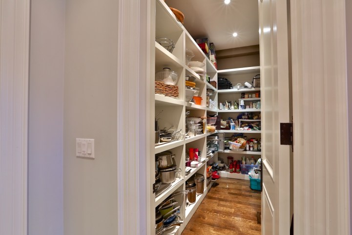 12 The Bridle Path - Kitchen Pantry