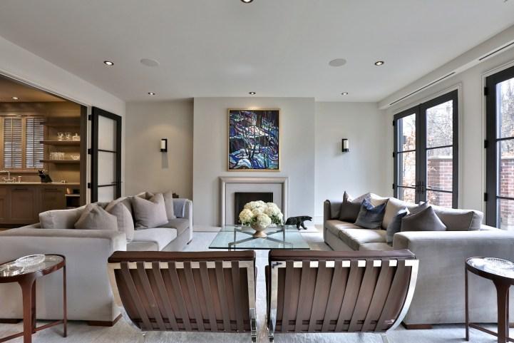 49 Chestnut Park - Living Room
