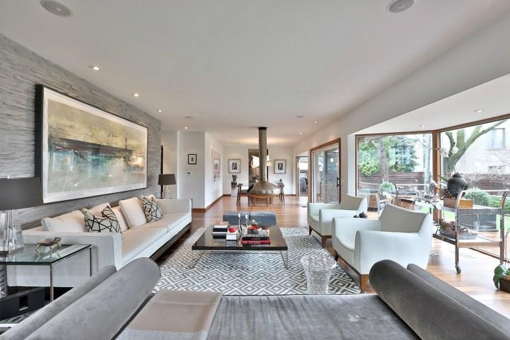75 Ardwold Gate - Living Room Towards Dining