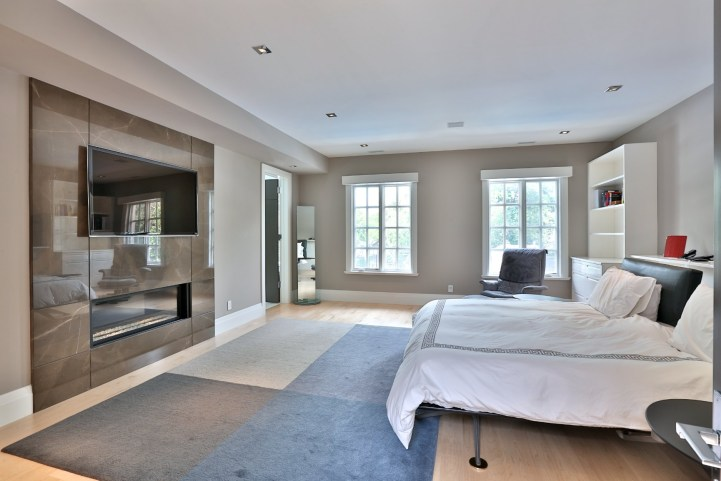 110 Arjay Crescent - Bedroom
