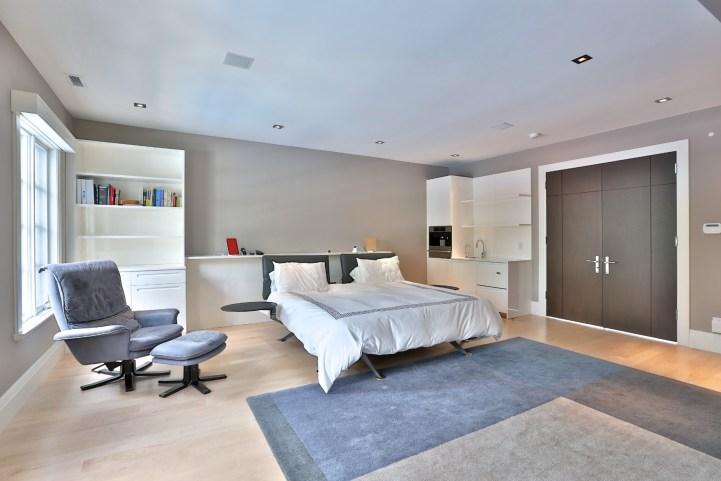 110 Arjay Crescent - Master Bedroom Bed