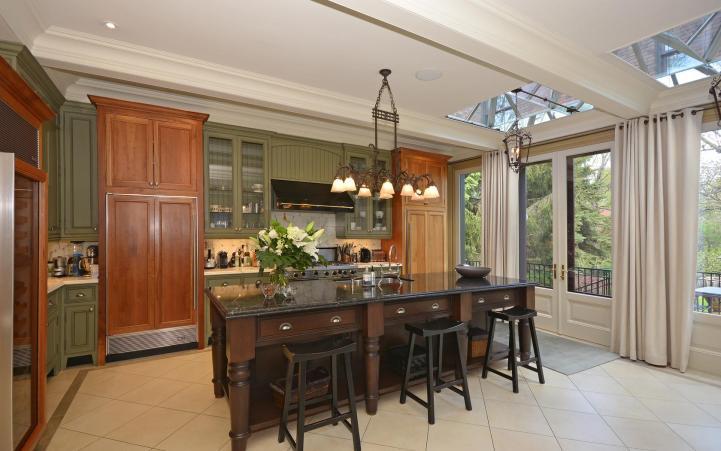 20 Elm Avenue - Kitchen Island Counter