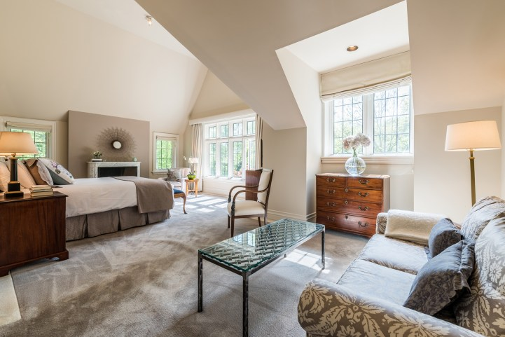 88 Wychwood Park - Master Bedroom
