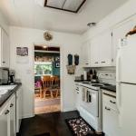 2871 St. Christophers Road North Vancouver, BC- Kitchen
