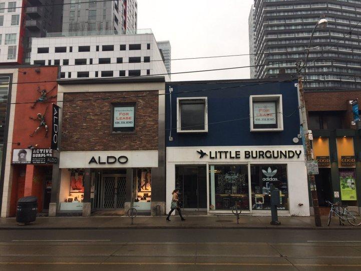 Toronto's Trendy Queen Street West Is Filling With Empty Storefronts - active surplus
