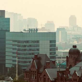 Global Property Bubble To Correct, Canada Is The Second Riskiest: Oxford Economics