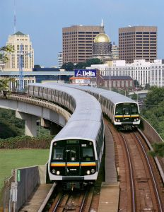 236795_MARTA_Train_in_front_of_Capitol_skyline_-_Credit_Kelly_Mills_ba17fd8e-77a8-4adf-8c64-502634149341-prv