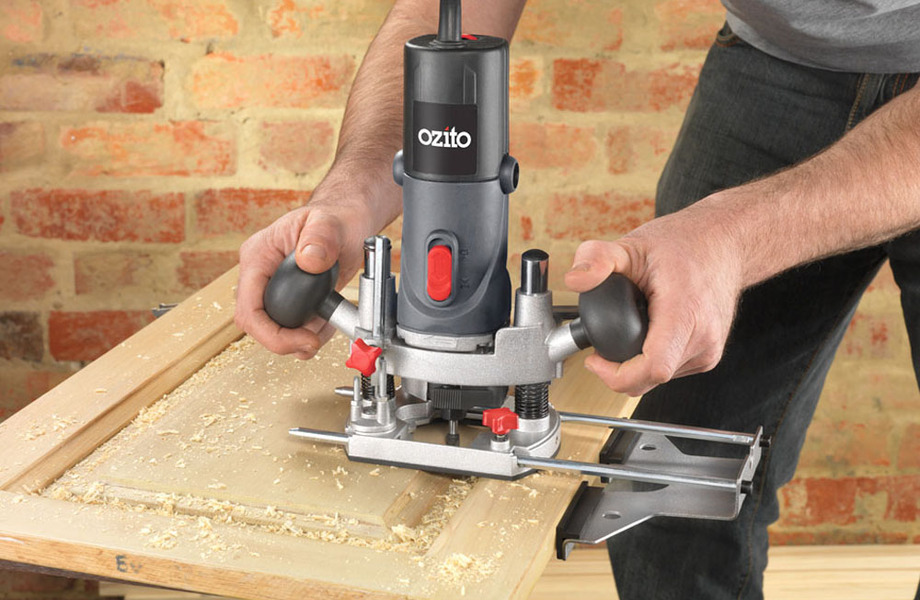 Handling Your Woodworking Router – Safety Tips – Better