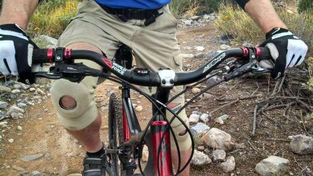 Skeeter's Mountain Bike Cockpit For His Bad Back