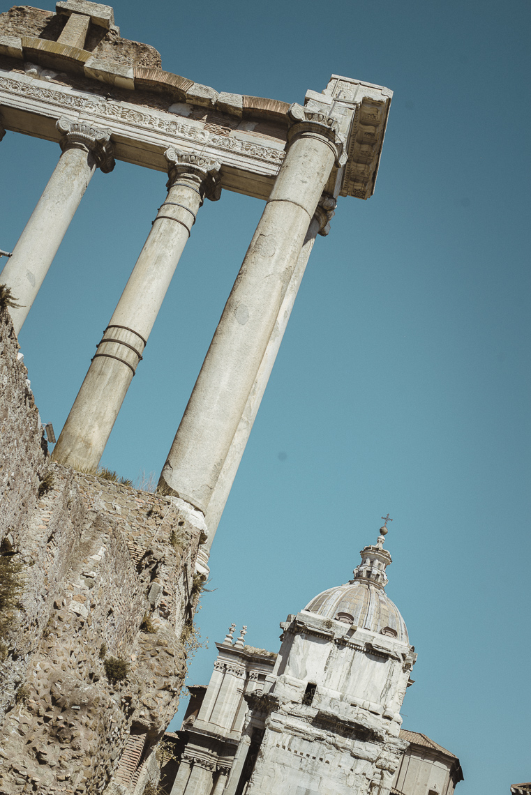 Temple of Castor and Pollux walking in Roman Forum