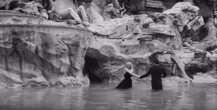 La Dolce Vita Fontana di Trevi Trevi fountain 6 days Rome guide