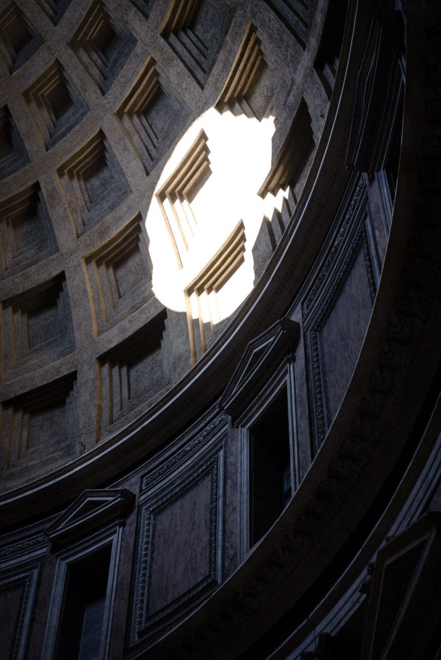 Oculus Pantheon & Fontana del Pantheon tips of Rome 6 day trip guide