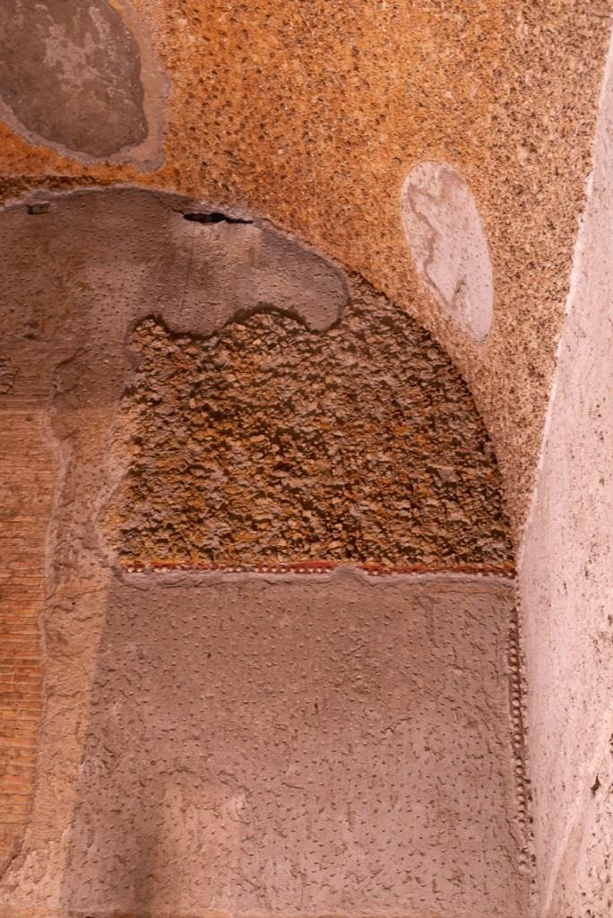 Domus Aurea wall