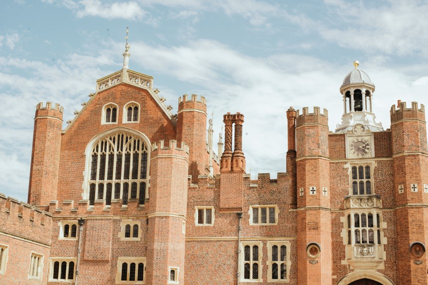 Hampton court palace Henry VIII london experience