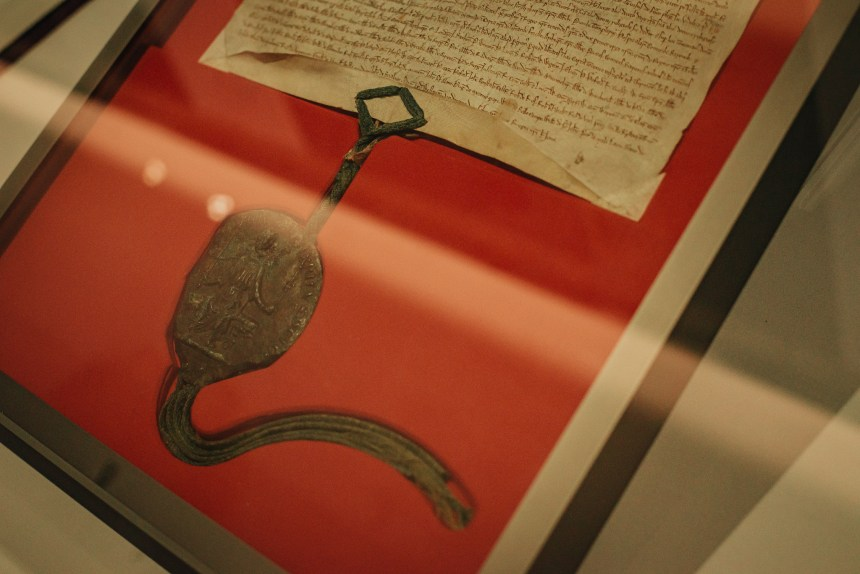 where to see Magna Carta in London