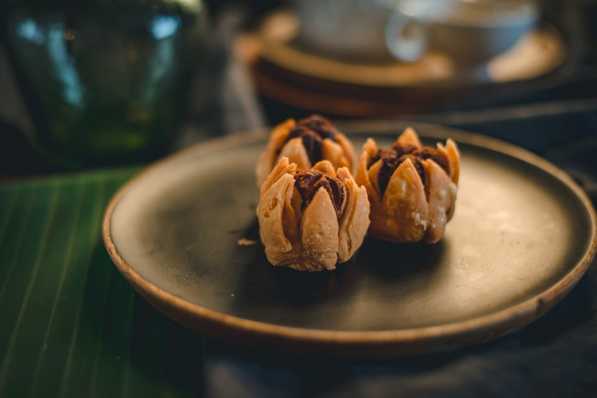how to make LOTUS PASTRY, CHINESE mooncakes