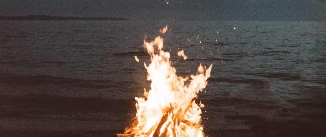love fire mia
