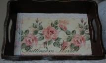 Różana taca
