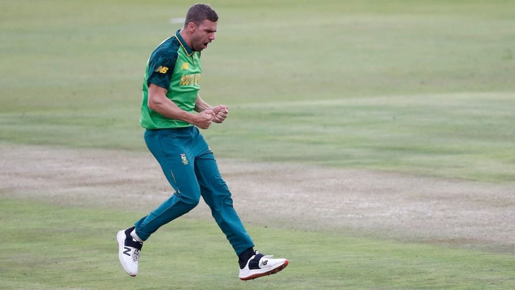 South Africa opt to bowl; Nortje comes in for rested Ngidi