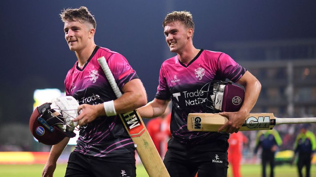 Tom Abell's late-surging 78* off 45 balls takes Somerset to Finals Day