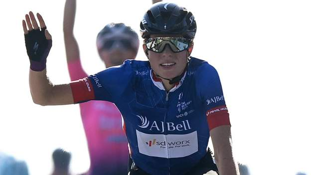 Women's Tour: Demi Vollering seals overall victory as Elisa Balsamo wins final stage