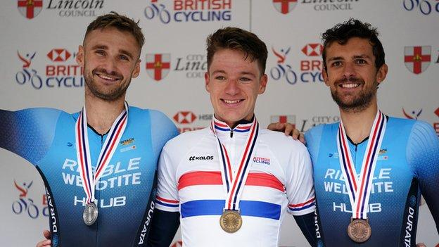 Daniel Bigham of Ribble-Weldtite Pro Cycling with silver medal (left), Ethan Hayter of Team Ineos Grenadiers with gold medal and James Shaw of Ribble-Weldtite Pro Cycling with bronze