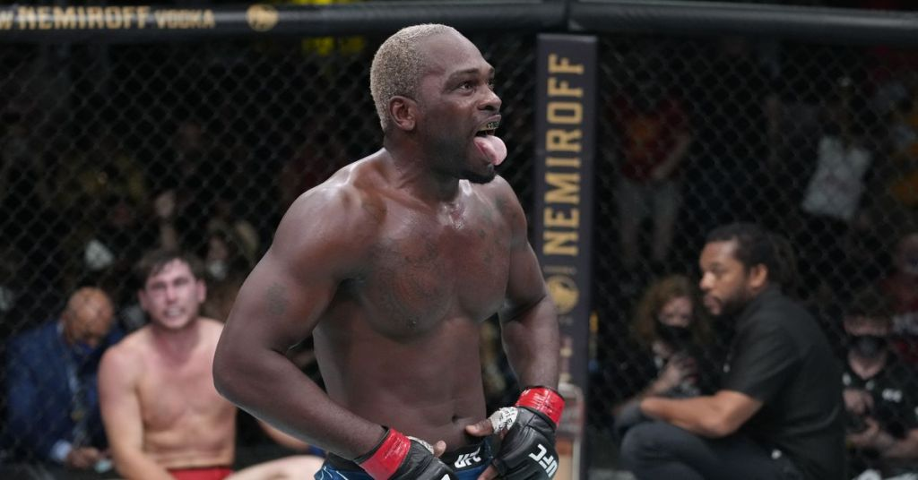 Derek Brunson admits he 'underestimated' Israel Adesanya before their fight: 'I was training with soccer dads'