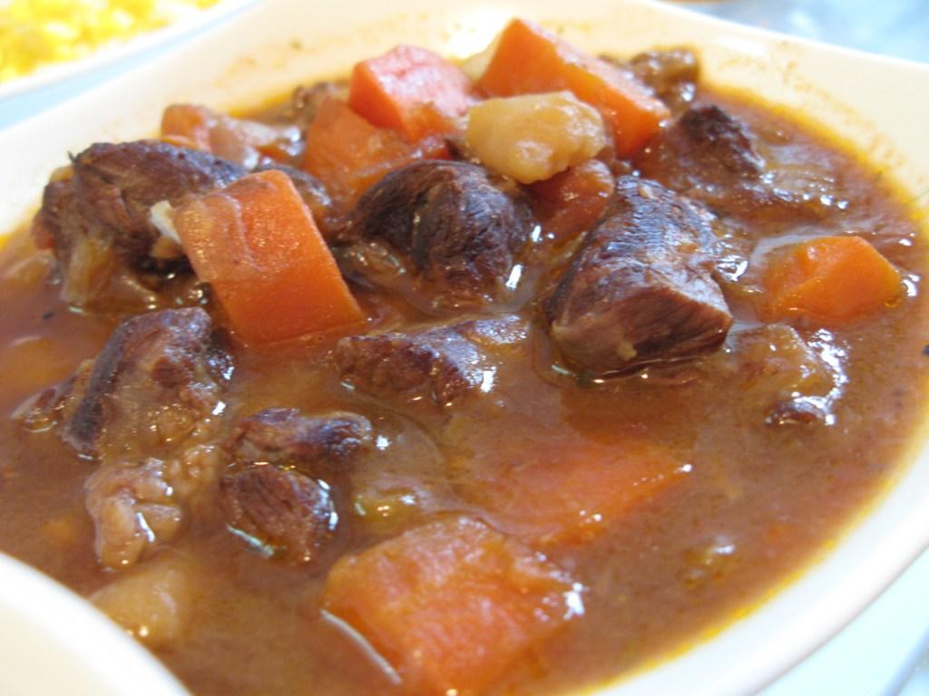2011/04/05 新嘗試-燉牛肉 | 情情的廚房記事
