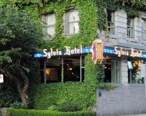 Sylvia Hotel, Vancouver