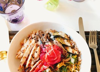 """Danielle Renov wraps up her """"Day in a Bowl"""" series with Lemony Grilled Chicken Farro Bowls By Danielle Renov of @peaslovencarrots"""