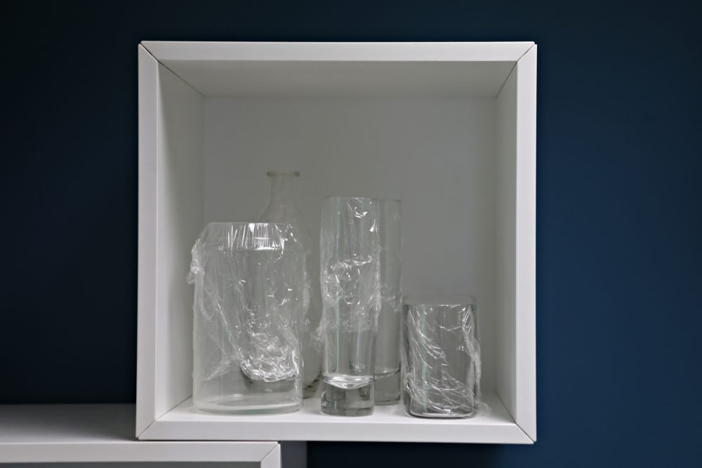Here's One Clever Way to Avoid That Pesky Bottom-of-the-Vase Dust. You pulled out your vases to display those new flowers, and...sigh.