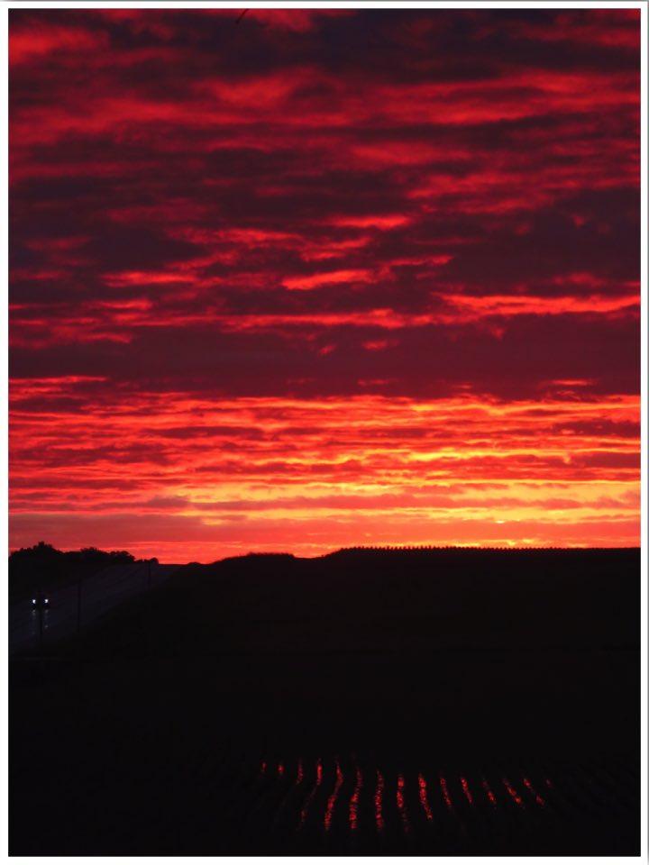 Country Heritage B&B sunset in Hampton Iowa