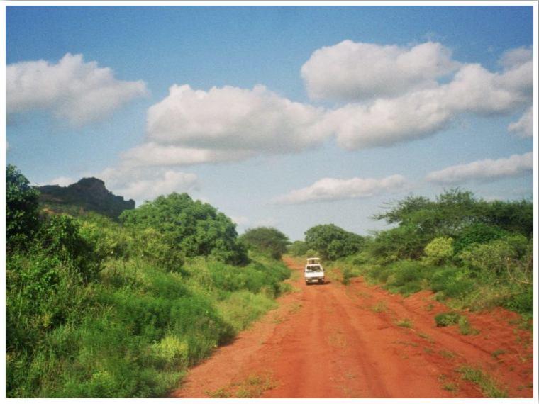 Kenya Tsavo Safari Jeep