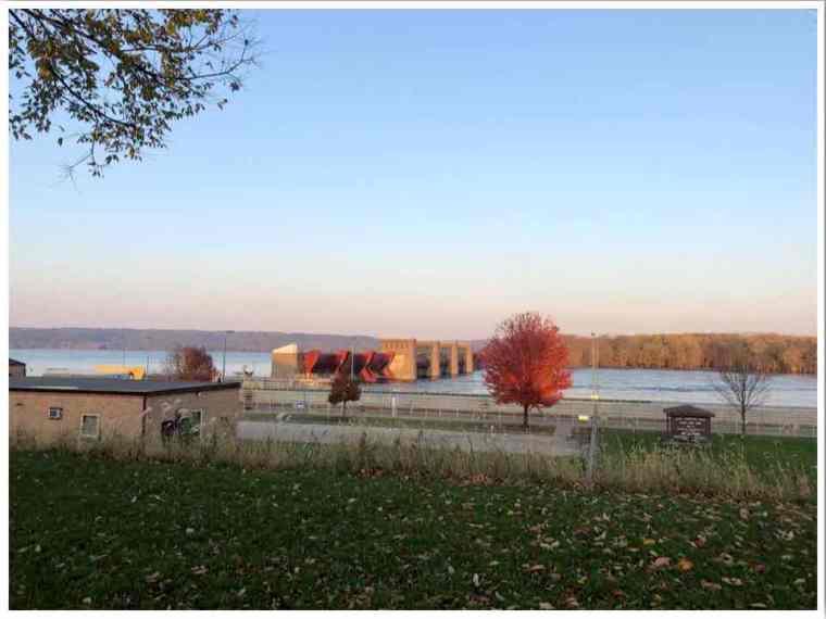 Midwest Bellevue Lock & Dam 12 in fall by Rebecca