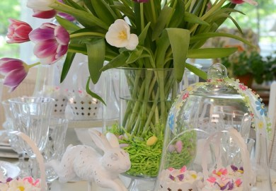 Easter Tablescapes Decorating