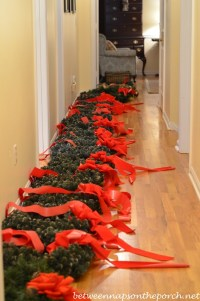 How To Hang Wreaths On Outside Exterior Windows | Autos Post