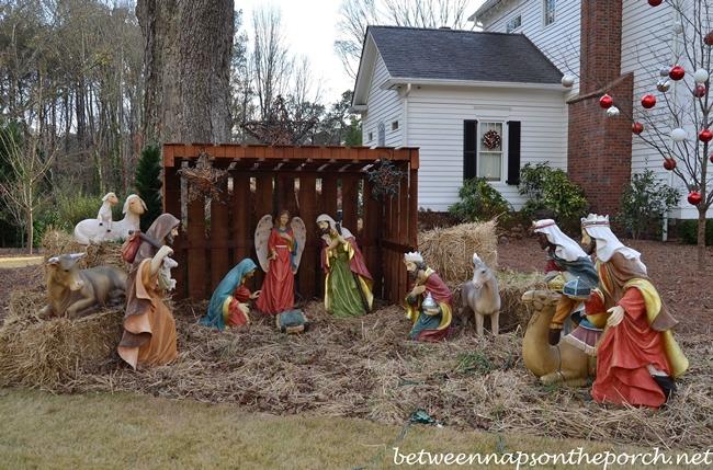 outdoor christmas nativity set