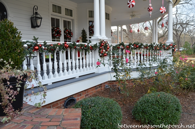Victorian Front Porch Decorating Ideas
