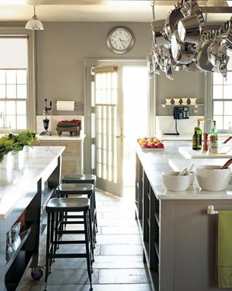 martha stewart kitchen island Tour Martha Stewart's Home Cantitoe Corners In Bedford New