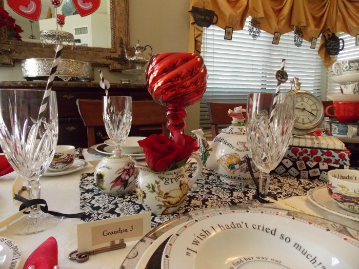 Alice In Wonderland Birthday Table Setting With Cheshire