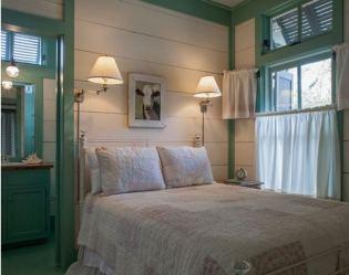 cottage beach bedroom