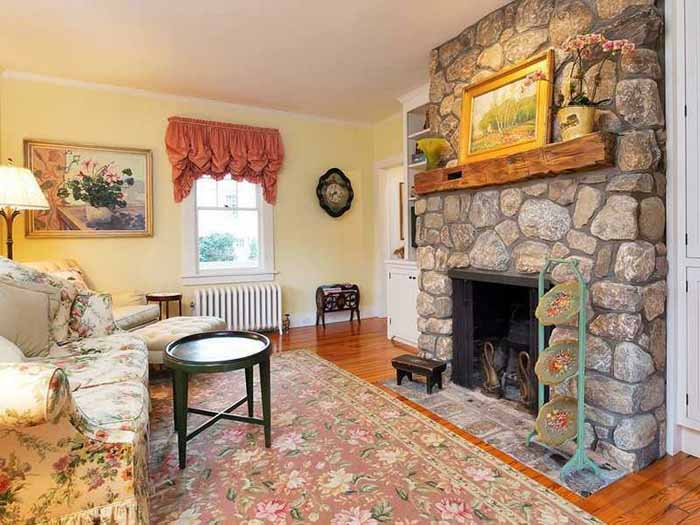 Fieldstone Fireplace for Cottage Living